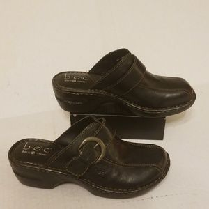 Born B.O.C clogs women's shoes size 8